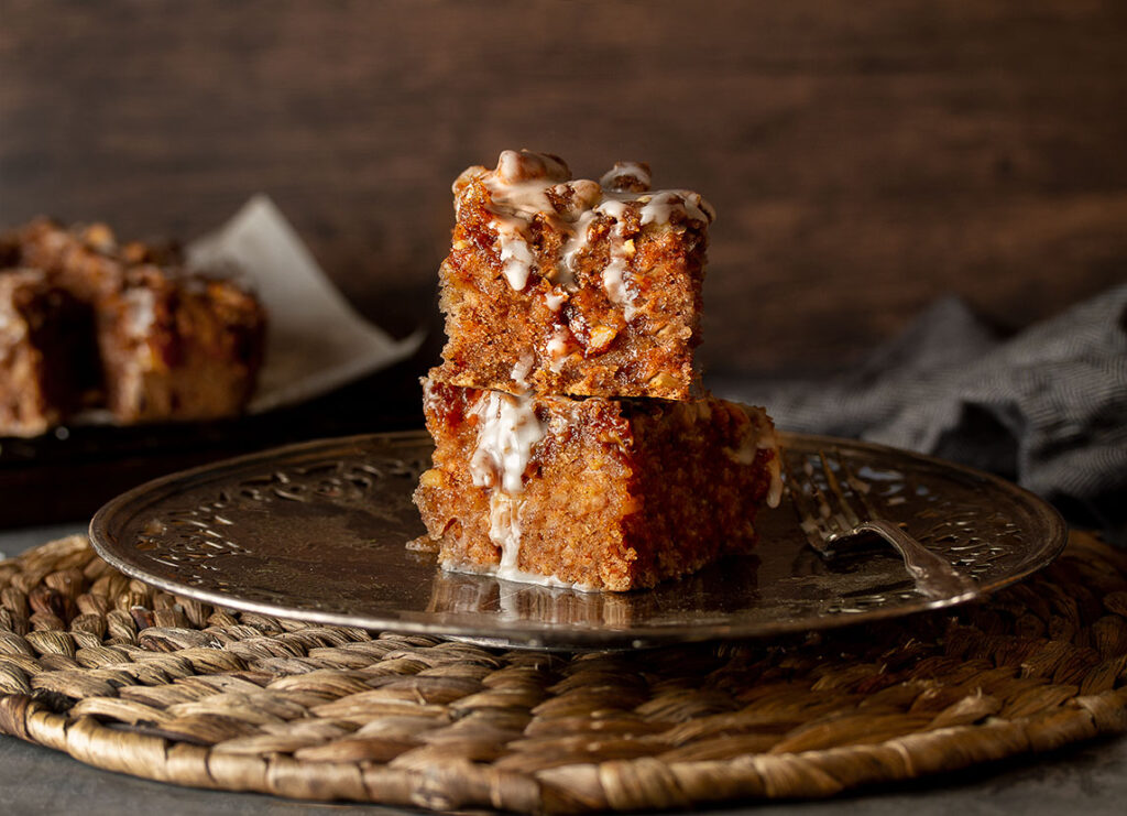 Vegan & Gluten-free Spiced apple coffee cake